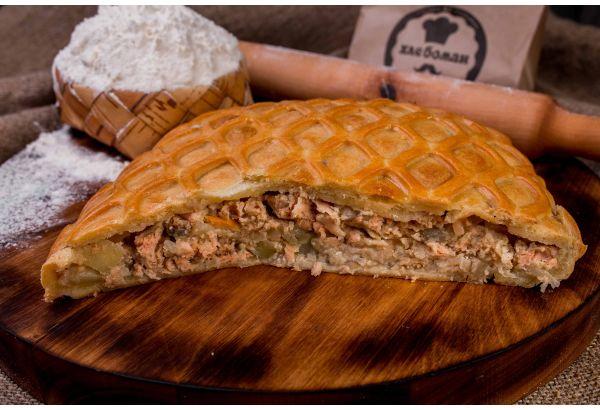 Пирог татарский с горбушей и картофелем