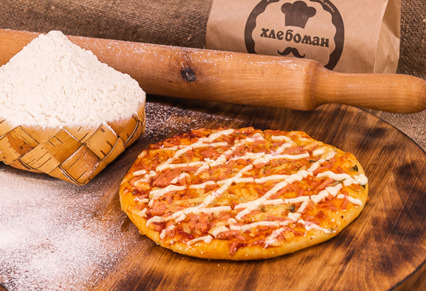 Пицца слоеная ветчина/грибы