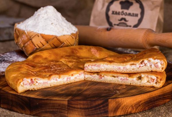 Пирог с ветчиной и сыром