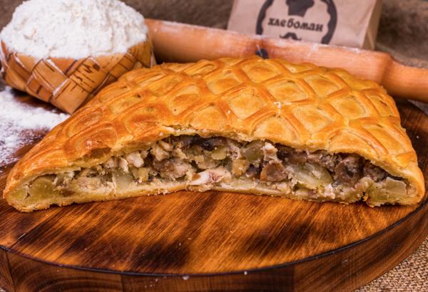 Пирог татарский с курицей, грибами и картофелем
